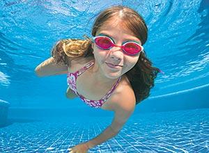 Verhaltensregeln für das Baden im Pool